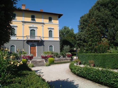 Villa in Vendita a Terranuova Bracciolini