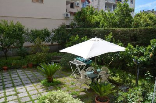 Vai alla scheda: Appartamento Vendita - Sant'Anastasia (NA) - MLS CBI091-949-Centralissimo appartamento con giardino