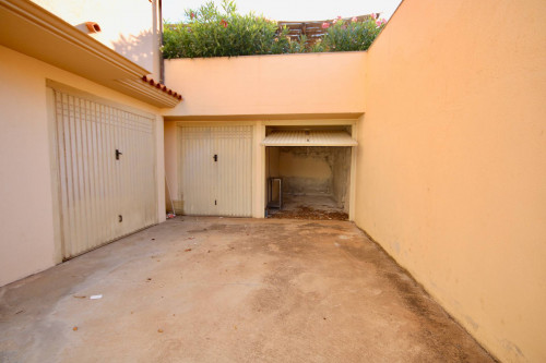 Garage / Box in Vendita a Olbia