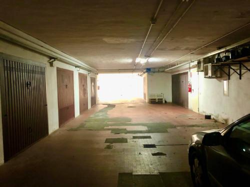 Box o garage in Vendita a San Teodoro