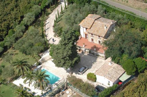 Villa in Vendita a Soriano nel Cimino