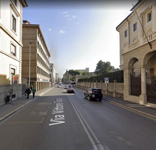 Attività commerciale in Vendita a Bergamo