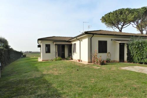 Villa bifamiliare in Vendita a Tarquinia