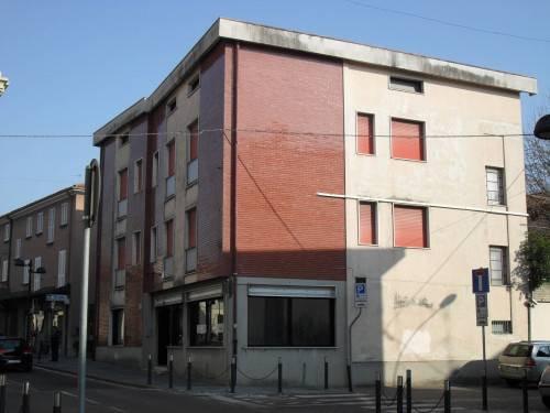 Stabile / Palazzo in Vendita a Calusco d'Adda