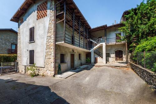 Rustico casale in Vendita a Bergamo