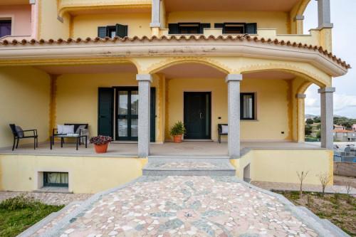 Villa bifamiliare in Vendita a Telti