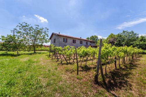 Rustico/Casale in Vendita a Bergamo
