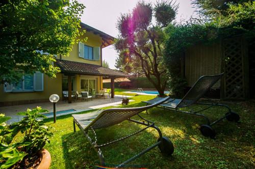Villa a schiera in Vendita a Mozzo