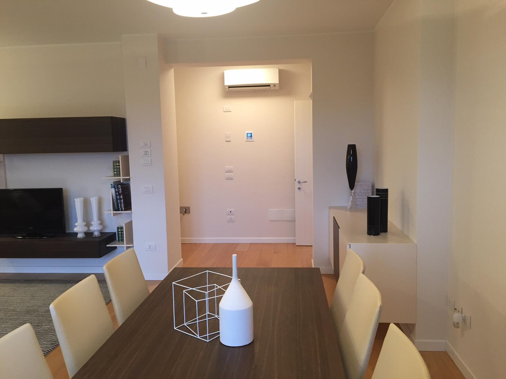 vendita appartamento treviso fuori mura  371000 euro  7 locali  146 mq