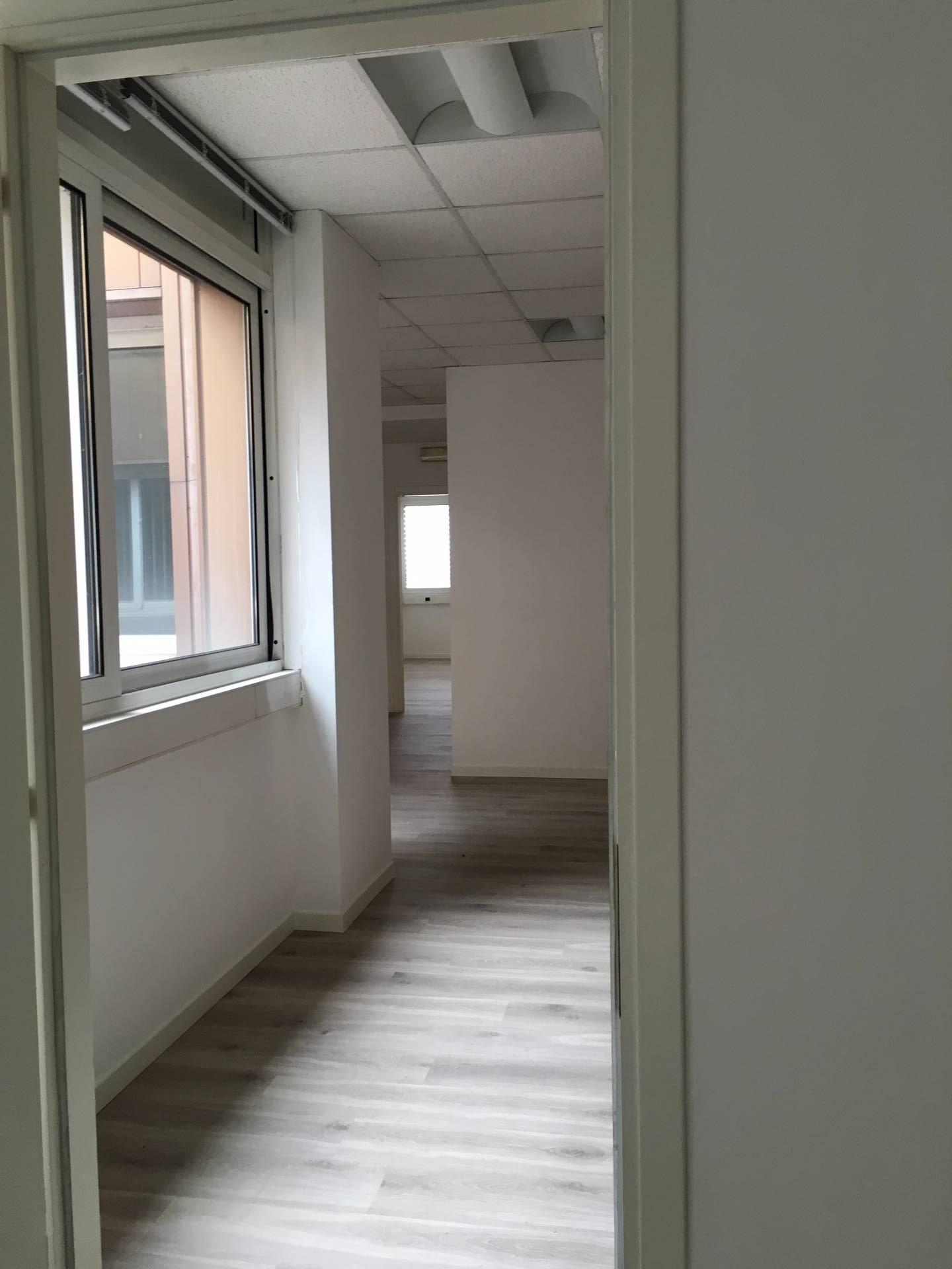 Ufficio / Studio in affitto a Villorba, 9999 locali, zona Zona: Lancenigo, prezzo € 1.800 | CambioCasa.it
