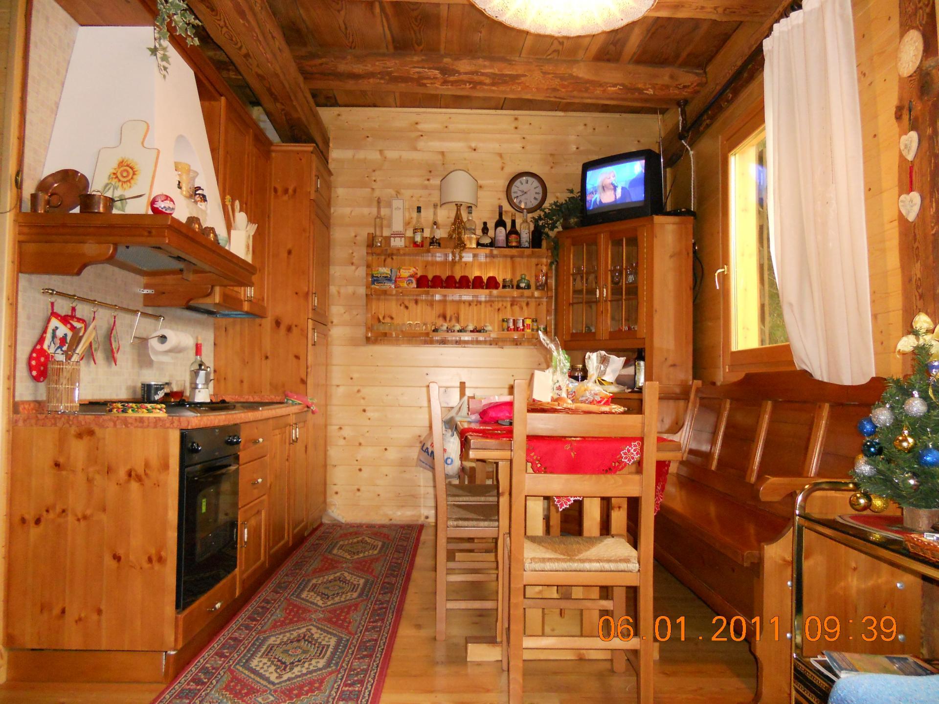 Appartamento in vendita a Forno di Zoldo, 9 locali, zona Zona: Calchera, prezzo € 310.000 | CambioCasa.it