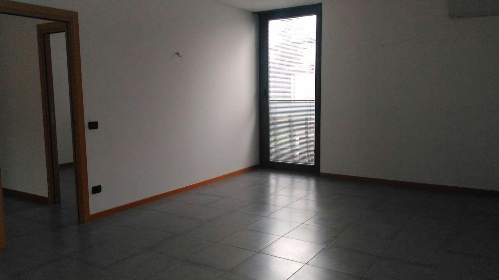 Ufficio / Studio in affitto a Preganziol, 9999 locali, zona Zona: Frescada, prezzo € 1.800 | CambioCasa.it