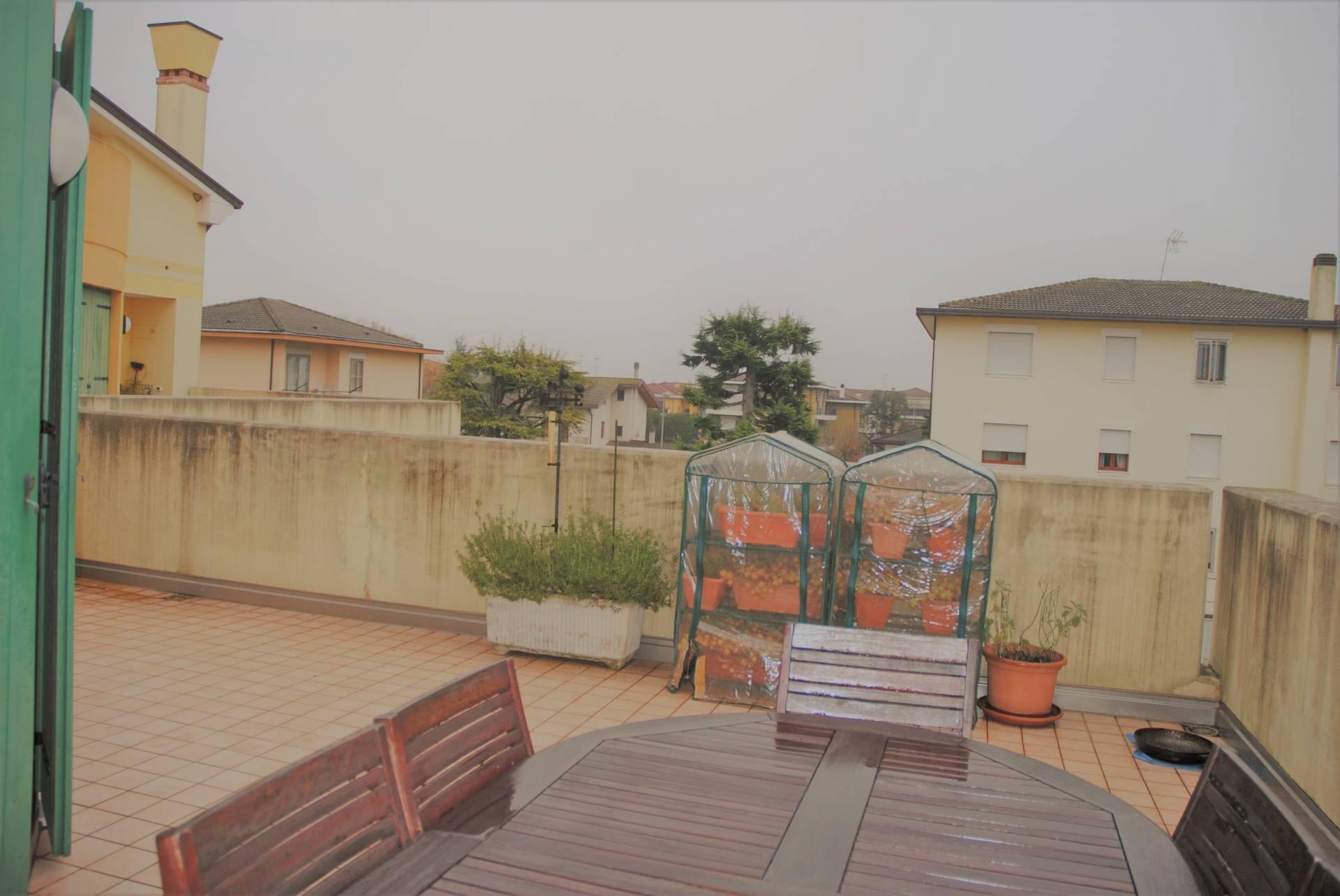 Appartamento in vendita a Marcon, 5 locali, prezzo € 199.000 | CambioCasa.it