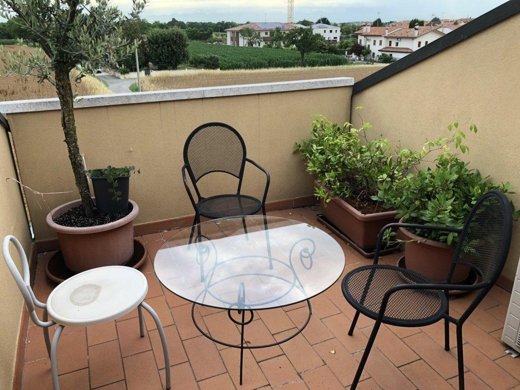 Appartamento in vendita a Ponzano Veneto, 6 locali, zona Zona: Ponzano, prezzo € 194.000 | CambioCasa.it