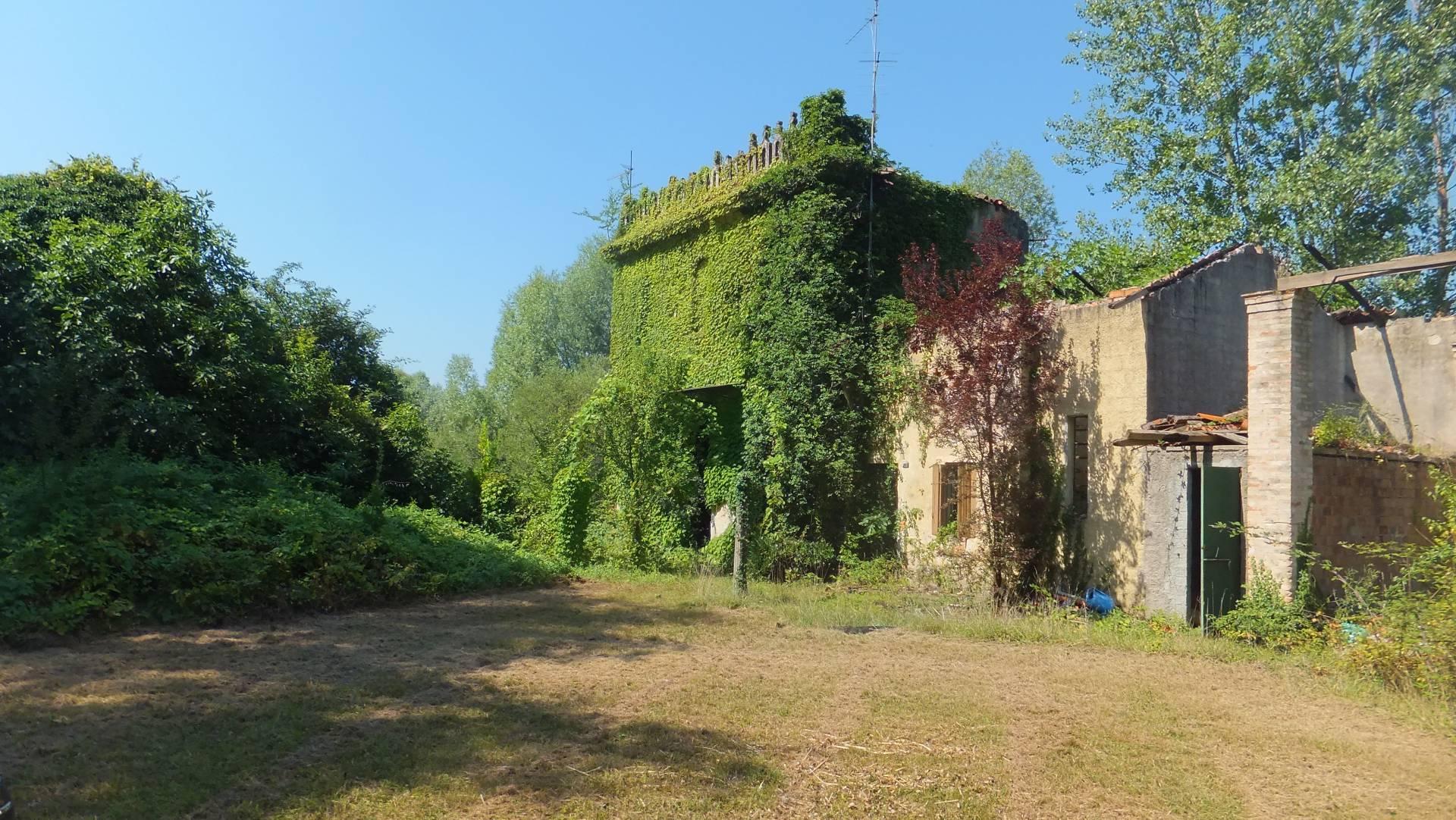 Terreno Agricolo in vendita a Fontanafredda, 9999 locali, Trattative riservate | CambioCasa.it