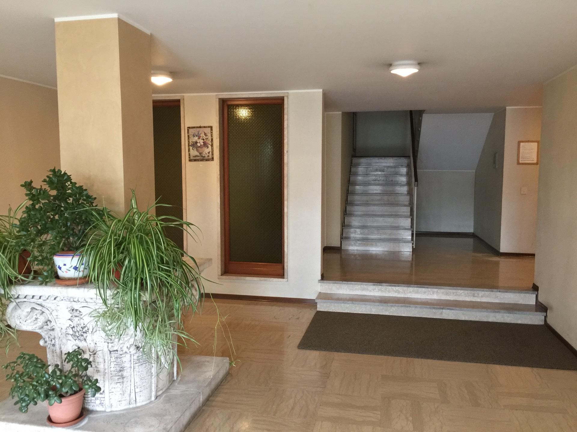 vendita appartamento conegliano   90000 euro  5 locali  95 mq