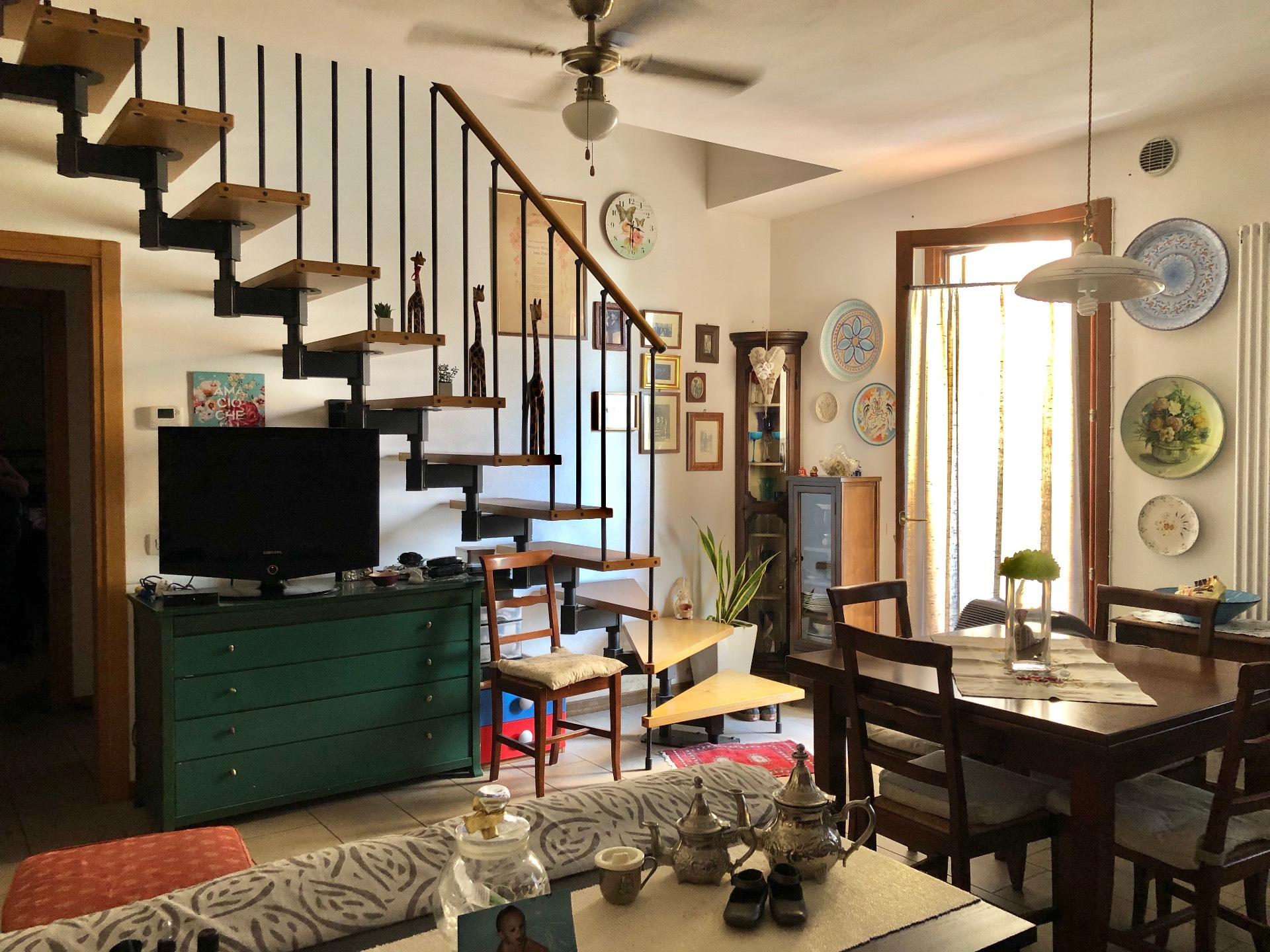 Appartamento in vendita a Trevignano, 6 locali, zona Zona: Signoressa, prezzo € 112.500 | CambioCasa.it