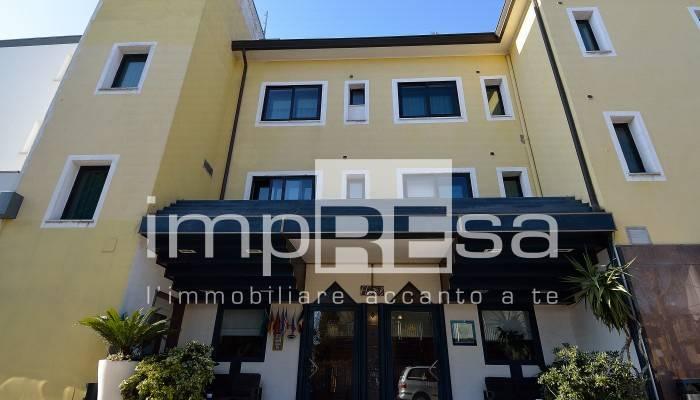 Albergo in vendita a Venezia, 9999 locali, zona Zona: 11 . Mestre, prezzo € 2.700.000 | CambioCasa.it