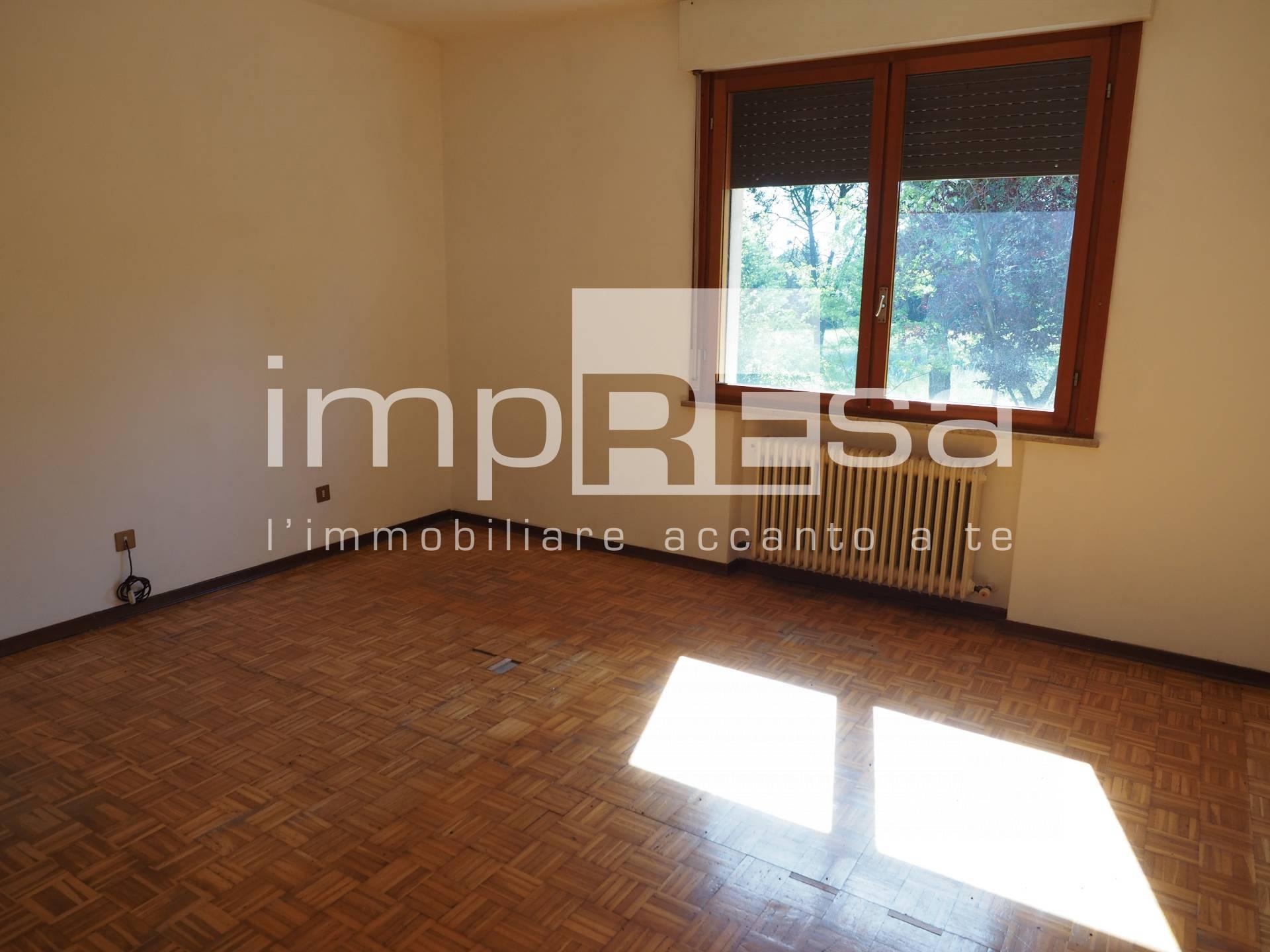 Appartamento in vendita a Breda di Piave, 5 locali, zona Località: Breda, prezzo € 70.000   CambioCasa.it