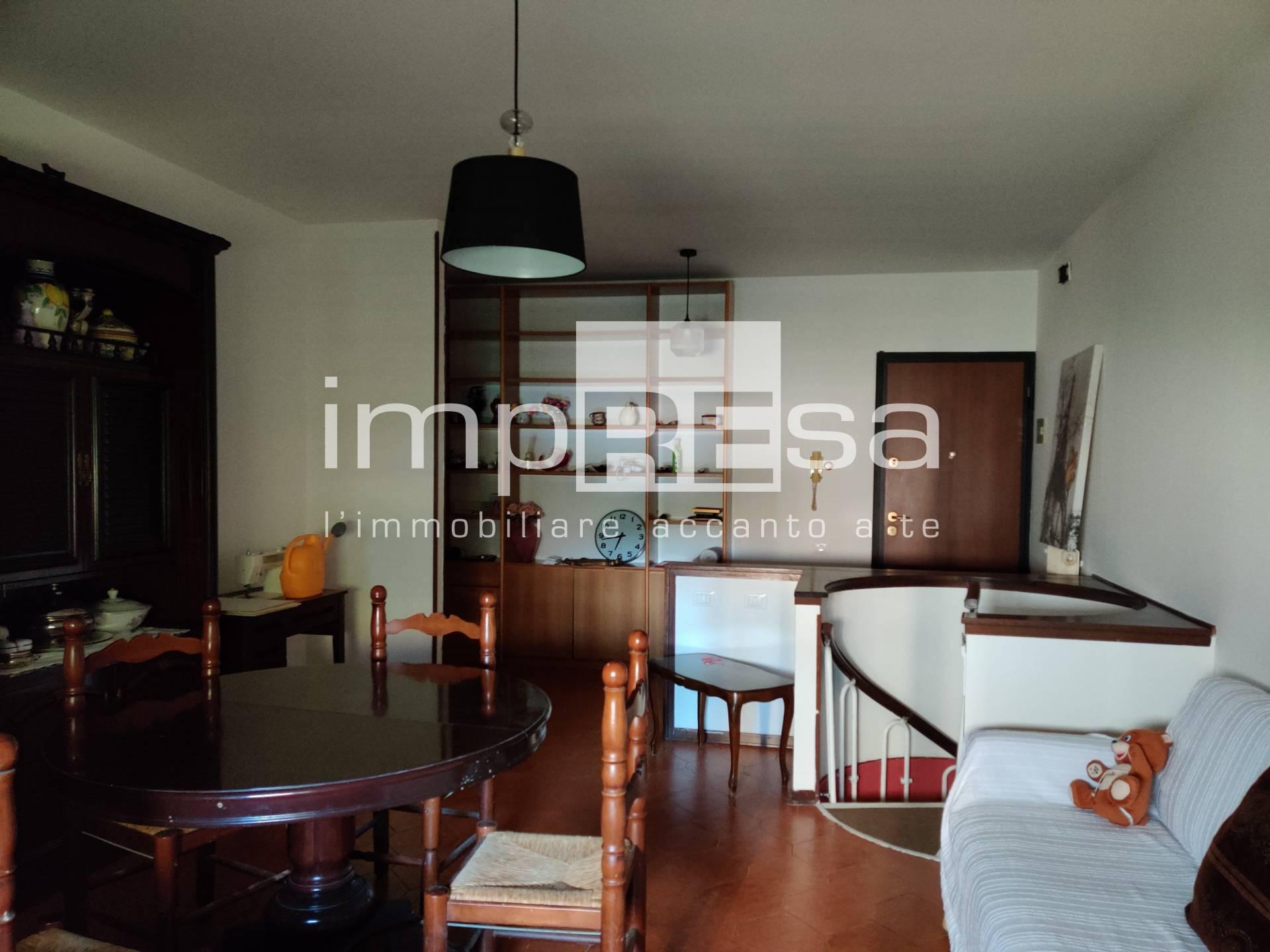 Appartamento in vendita a Casier, 4 locali, zona Località: DossondiCasier, prezzo € 120.000   PortaleAgenzieImmobiliari.it