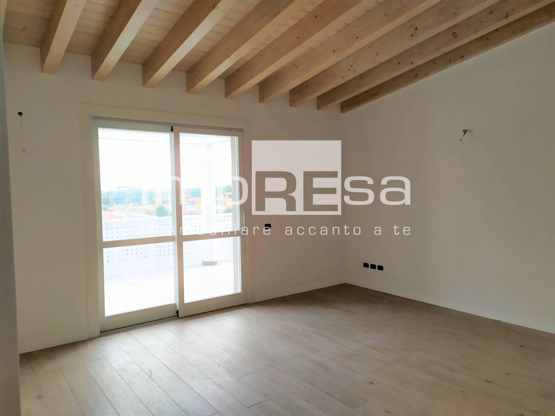 Attico / Mansarda in vendita a Conegliano, 6 locali, Trattative riservate   PortaleAgenzieImmobiliari.it