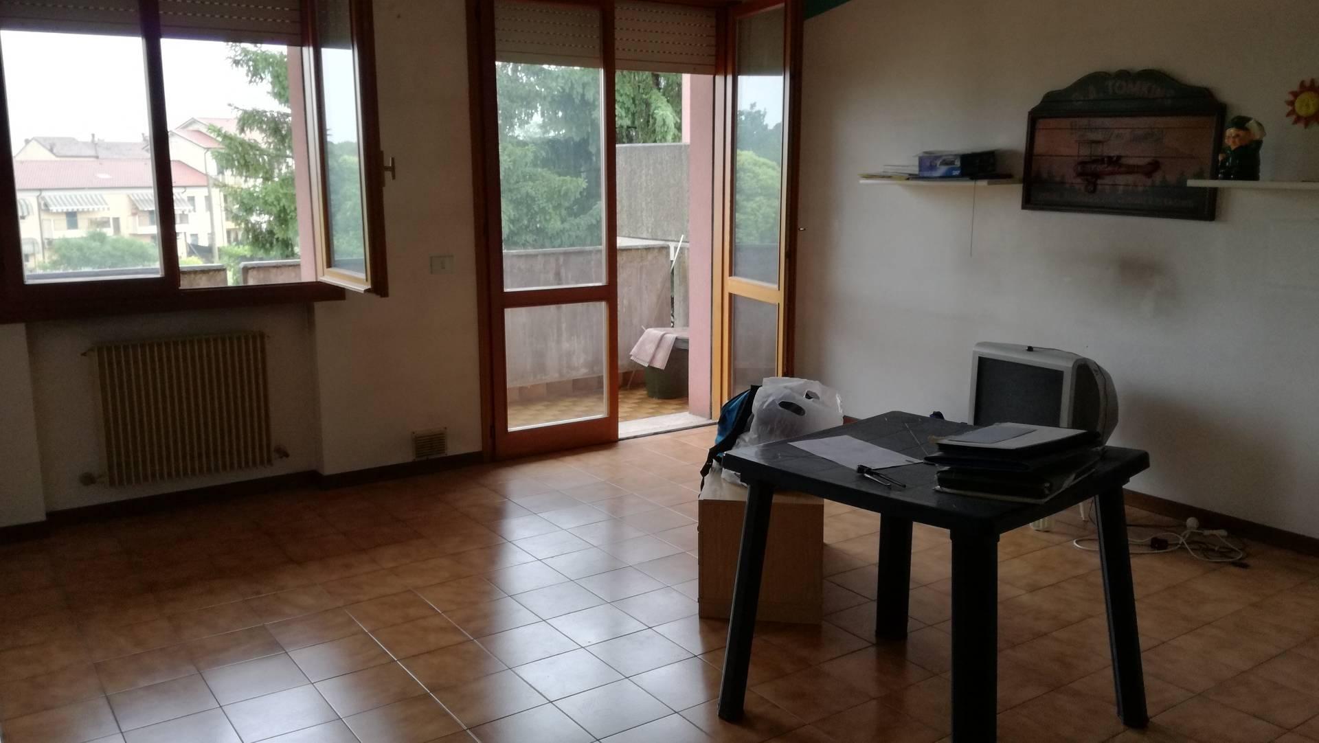 Appartamento in vendita a Vazzola, 3 locali, prezzo € 65.000   CambioCasa.it