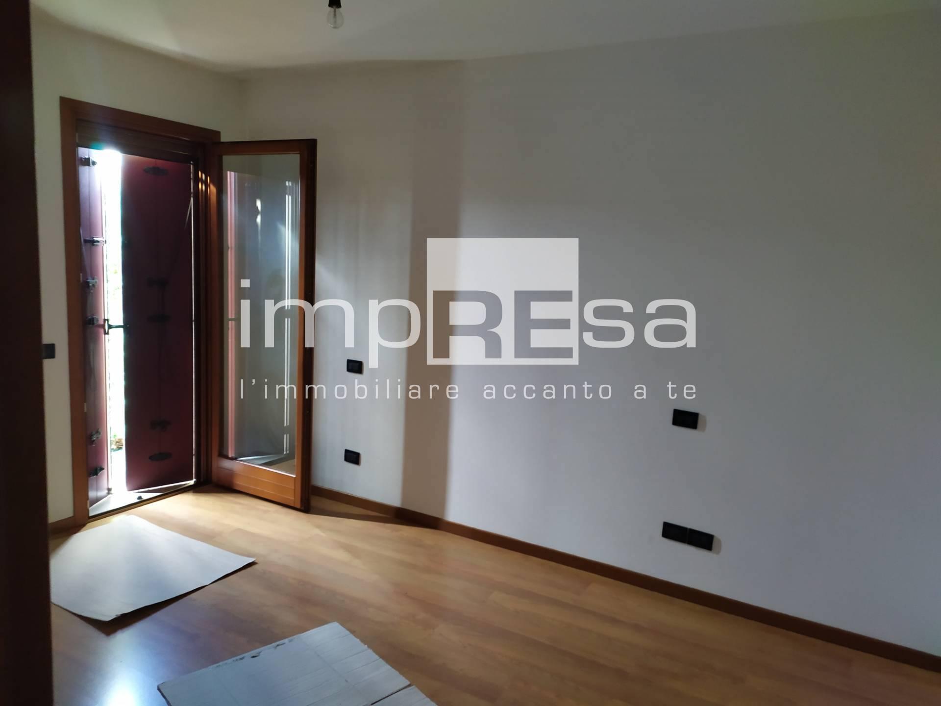 Appartamento in vendita a Spresiano, 3 locali, prezzo € 79.000   CambioCasa.it