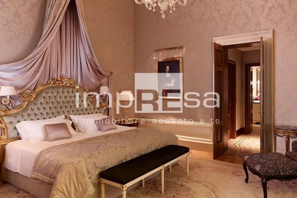 Albergo in vendita a Venezia, 9999 locali, zona Località: SanMarco, prezzo € 4.000.000 | CambioCasa.it