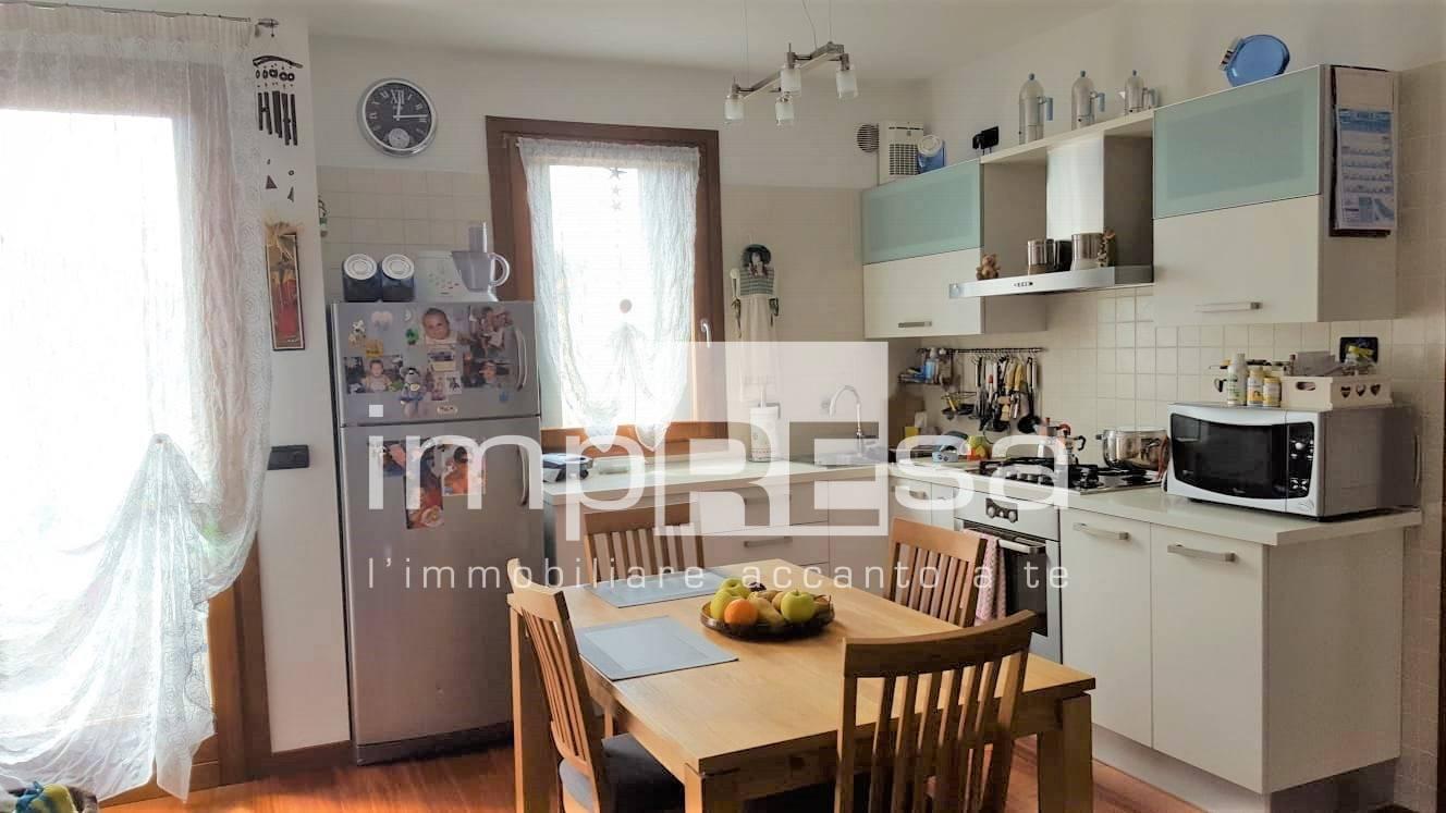 Appartamento in vendita a Mogliano Veneto, 2 locali, zona Località: Campocroce, prezzo € 85.000   PortaleAgenzieImmobiliari.it