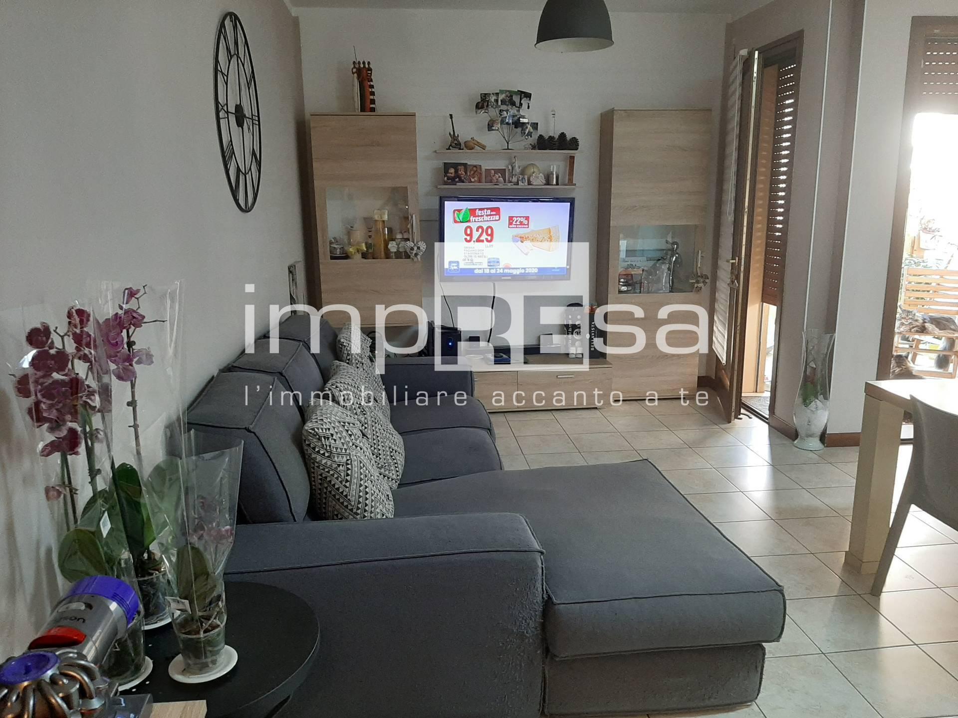 Appartamento in vendita a Paese, 3 locali, zona Località: Centro, prezzo € 130.000   CambioCasa.it
