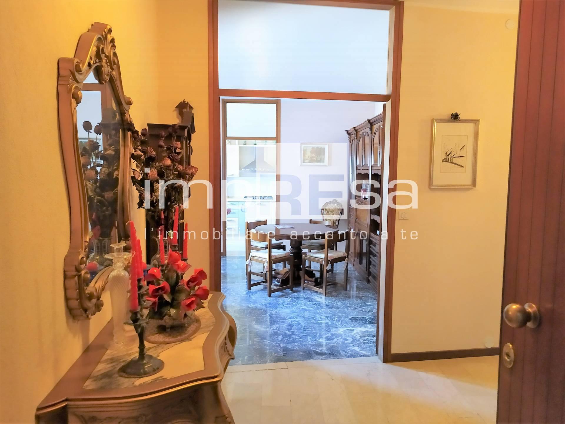 Appartamento in vendita a Conegliano, 6 locali, prezzo € 104.000   CambioCasa.it