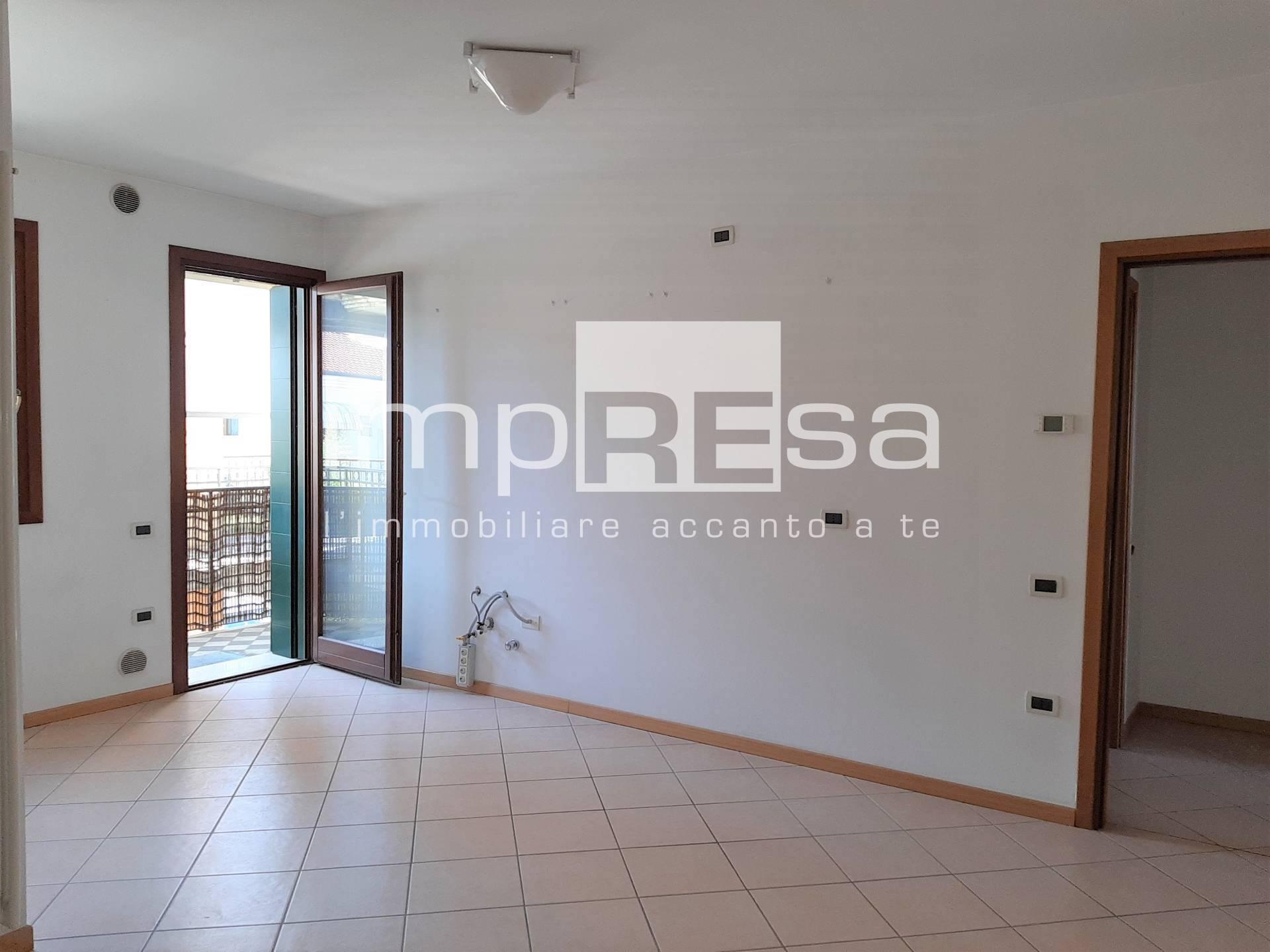 Appartamento in vendita a Giavera del Montello, 2 locali, zona Zona: Cusignana, prezzo € 57.000 | CambioCasa.it
