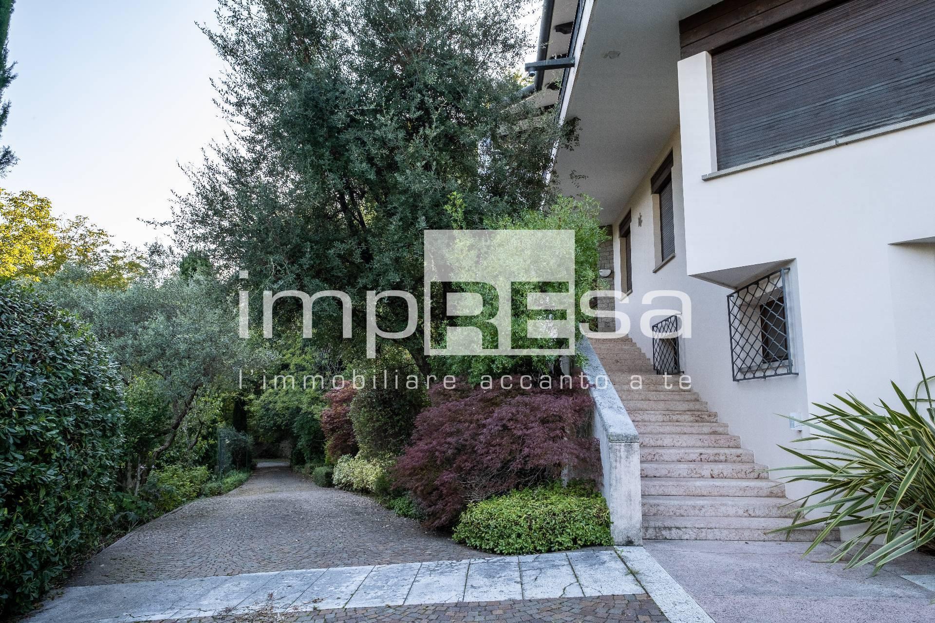 Villa in vendita a Pederobba, 10 locali, zona Zona: Onigo, prezzo € 900.000 | CambioCasa.it