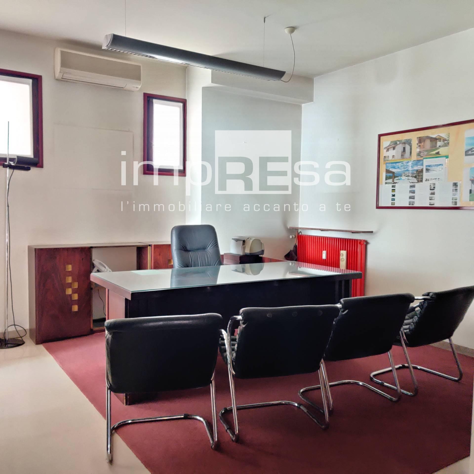 Ufficio / Studio in affitto a Treviso, 9999 locali, zona Località: Centrostorico, prezzo € 2.000 | CambioCasa.it