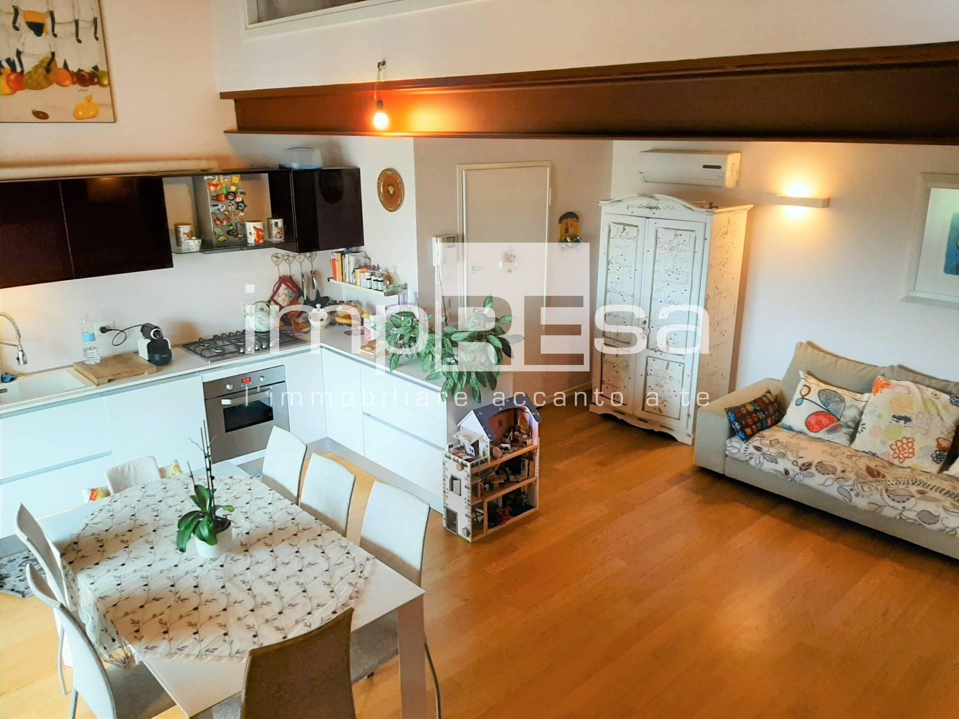 Appartamento in vendita a Paese, 3 locali, zona Località: Centro, prezzo € 185.000   CambioCasa.it