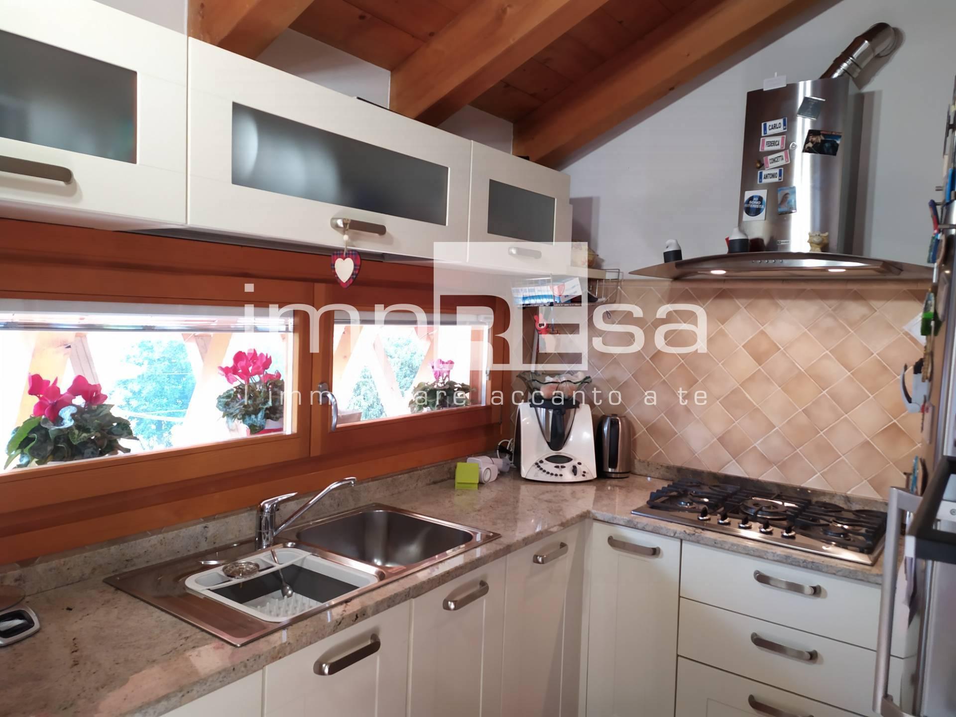 Appartamento in vendita a Santa Lucia di Piave, 4 locali, prezzo € 132.000 | PortaleAgenzieImmobiliari.it