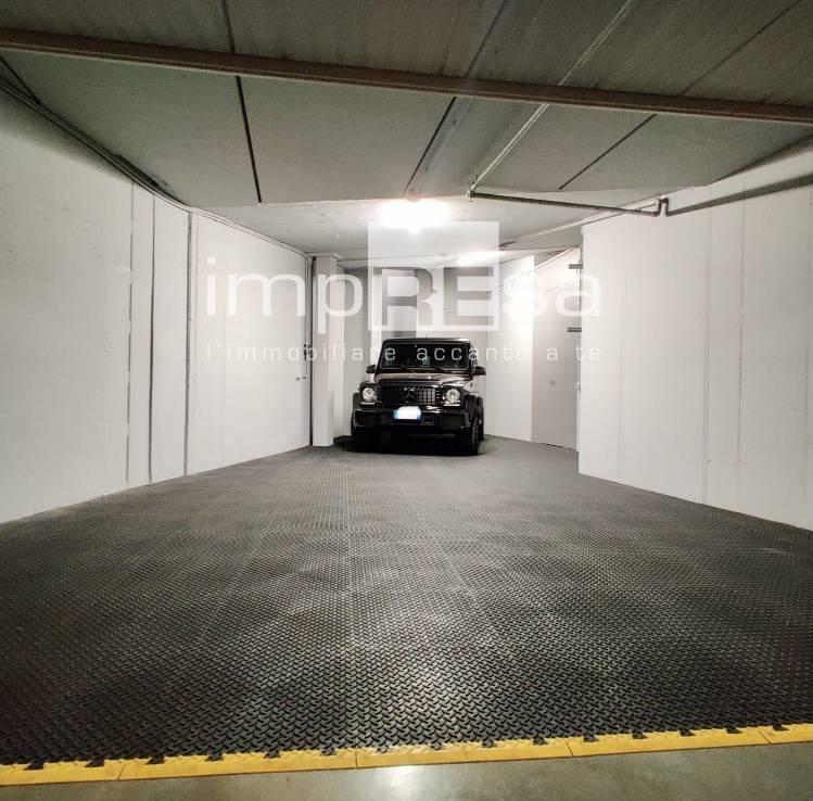 Box / Garage in affitto a Treviso, 3 locali, zona Località: Centrostorico, prezzo € 380   CambioCasa.it