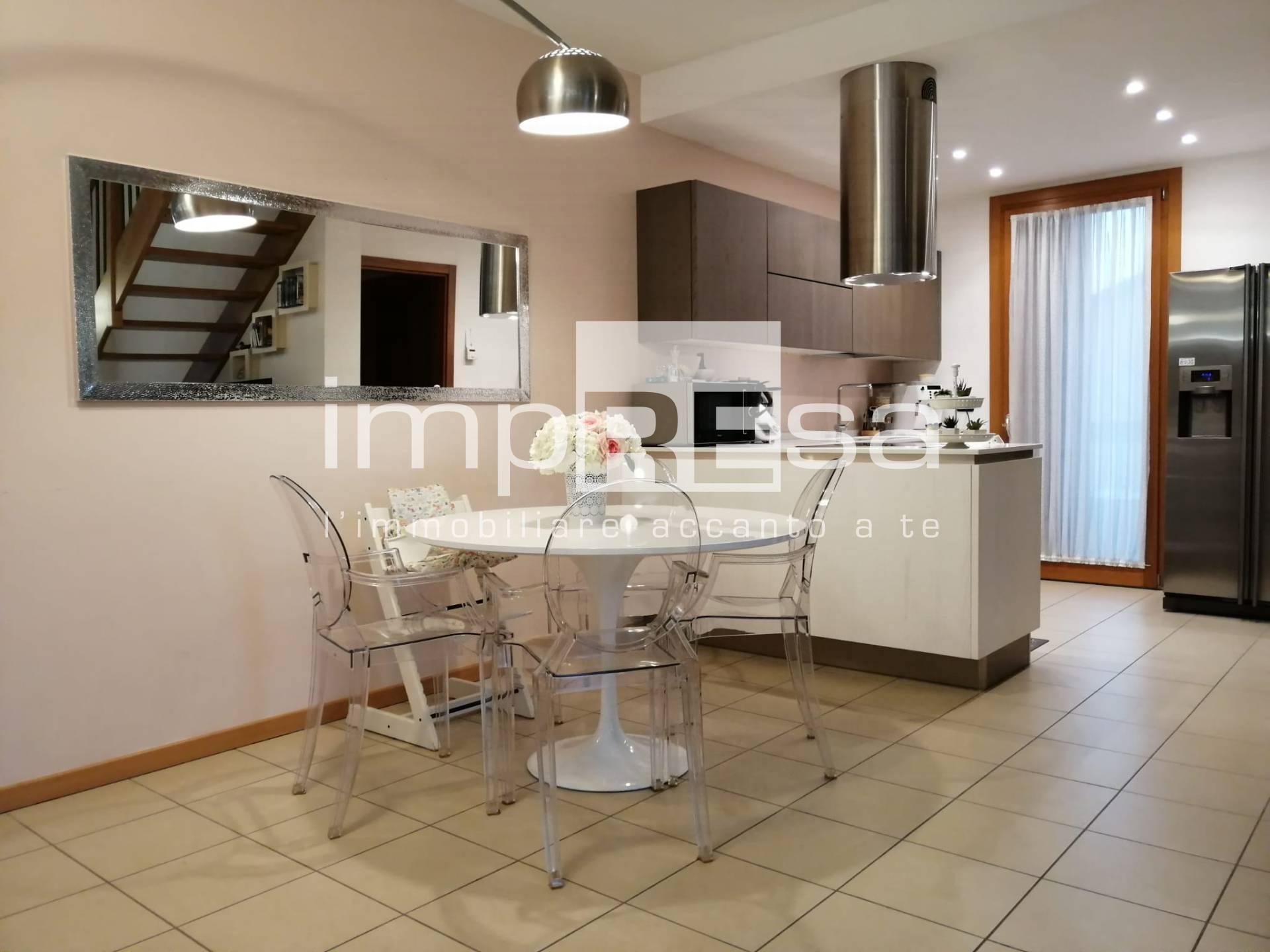 Appartamento in vendita a Marcon, 6 locali, zona Località: SanLiberale, prezzo € 217.000 | CambioCasa.it