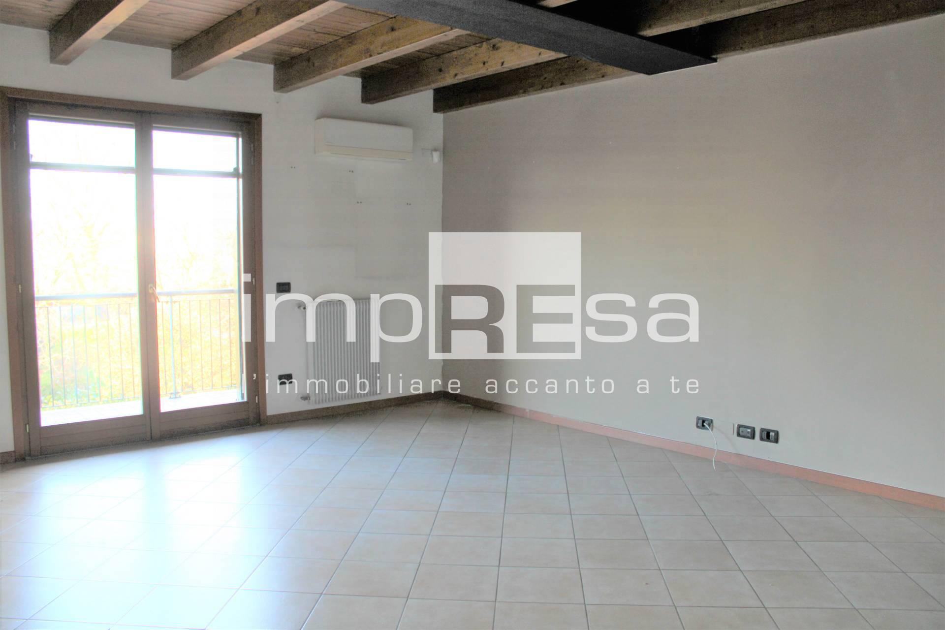 Appartamento in vendita a Marcon, 4 locali, prezzo € 165.000 | CambioCasa.it