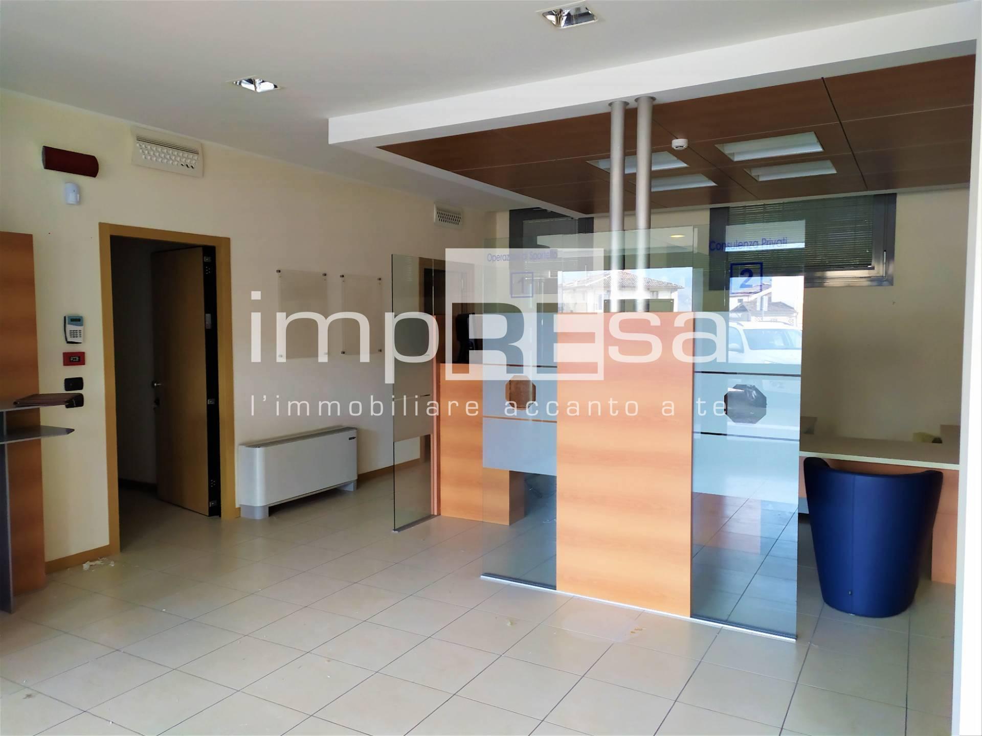 Ufficio / Studio in vendita a Segusino, 9999 locali, prezzo € 150.000   CambioCasa.it