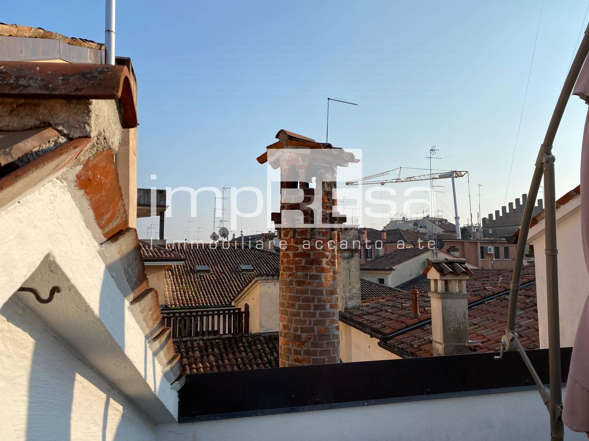 Attico / Mansarda in affitto a Treviso, 5 locali, zona Località: Centrostorico, prezzo € 900   CambioCasa.it