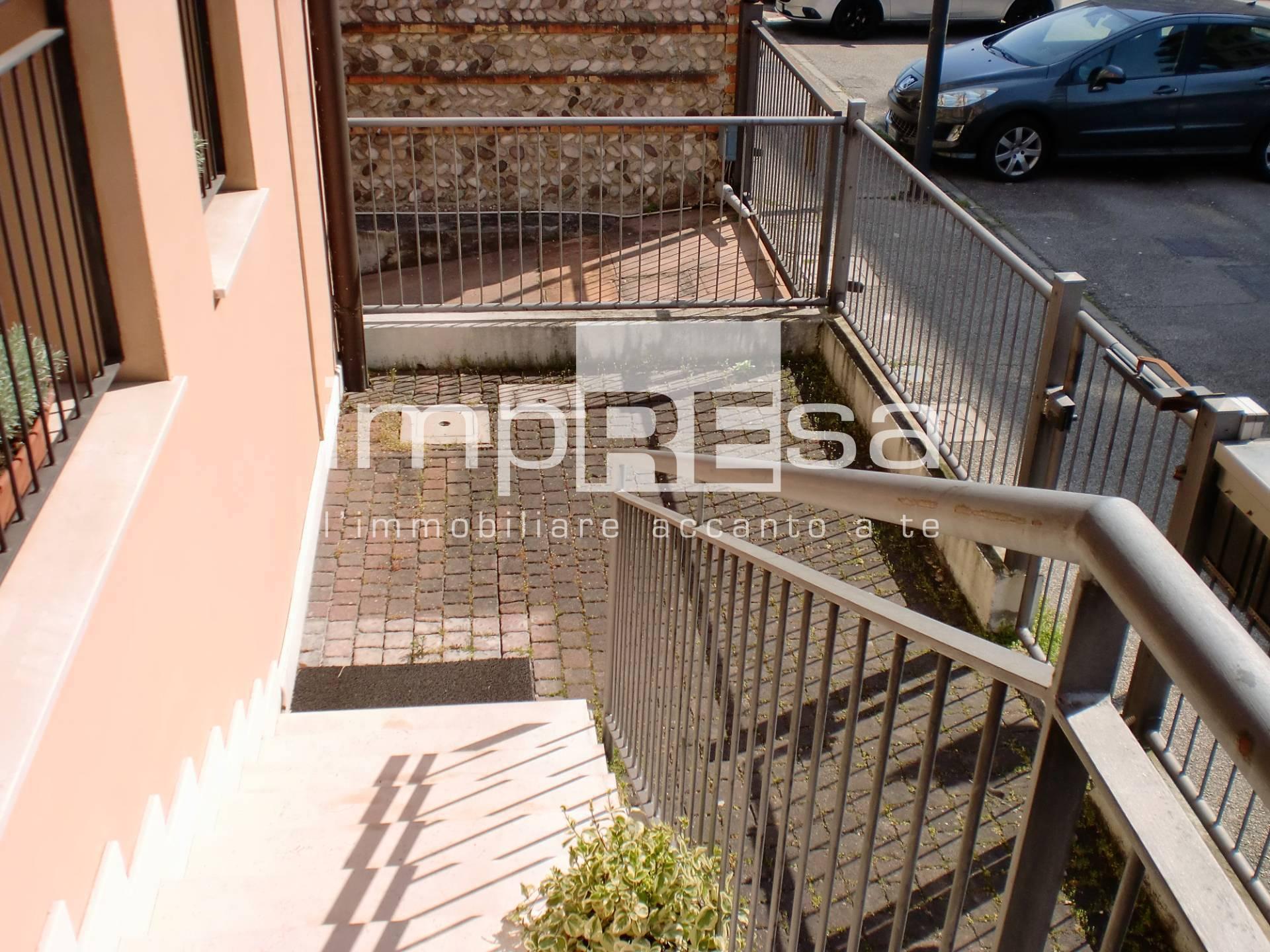 Ufficio in affitto a Stadio Omobono Tenni, Treviso (TV)