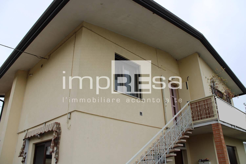Appartamento in vendita a Preganziol, 5 locali, prezzo € 159.000   PortaleAgenzieImmobiliari.it