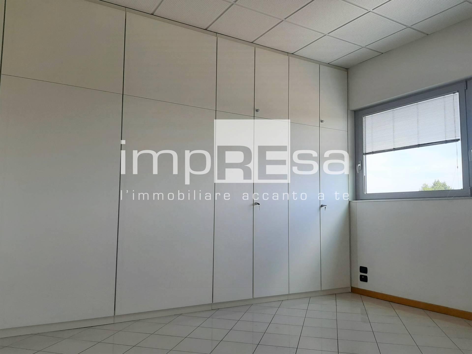 Ufficio / Studio in affitto a Treviso, 9999 locali, zona Zona: S.Giuseppe, prezzo € 750 | CambioCasa.it