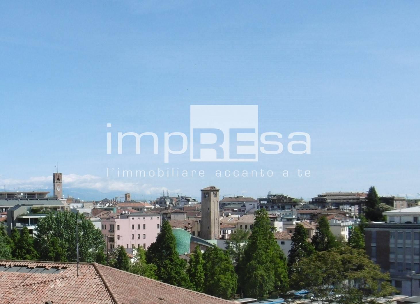 Attico / Mansarda in vendita a Treviso, 3 locali, zona Località: Centrostorico, prezzo € 250.000   PortaleAgenzieImmobiliari.it