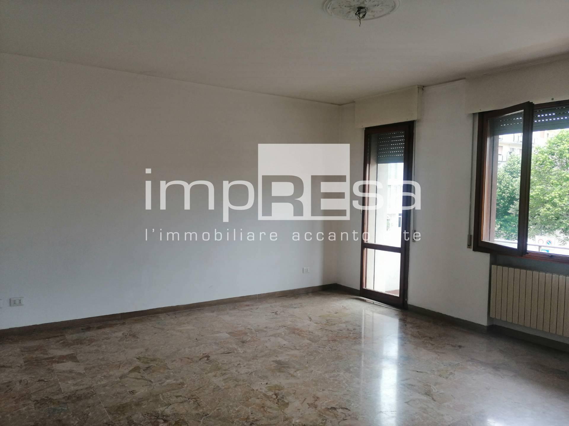 Appartamento in vendita a Martellago, 4 locali, prezzo € 125.000 | PortaleAgenzieImmobiliari.it