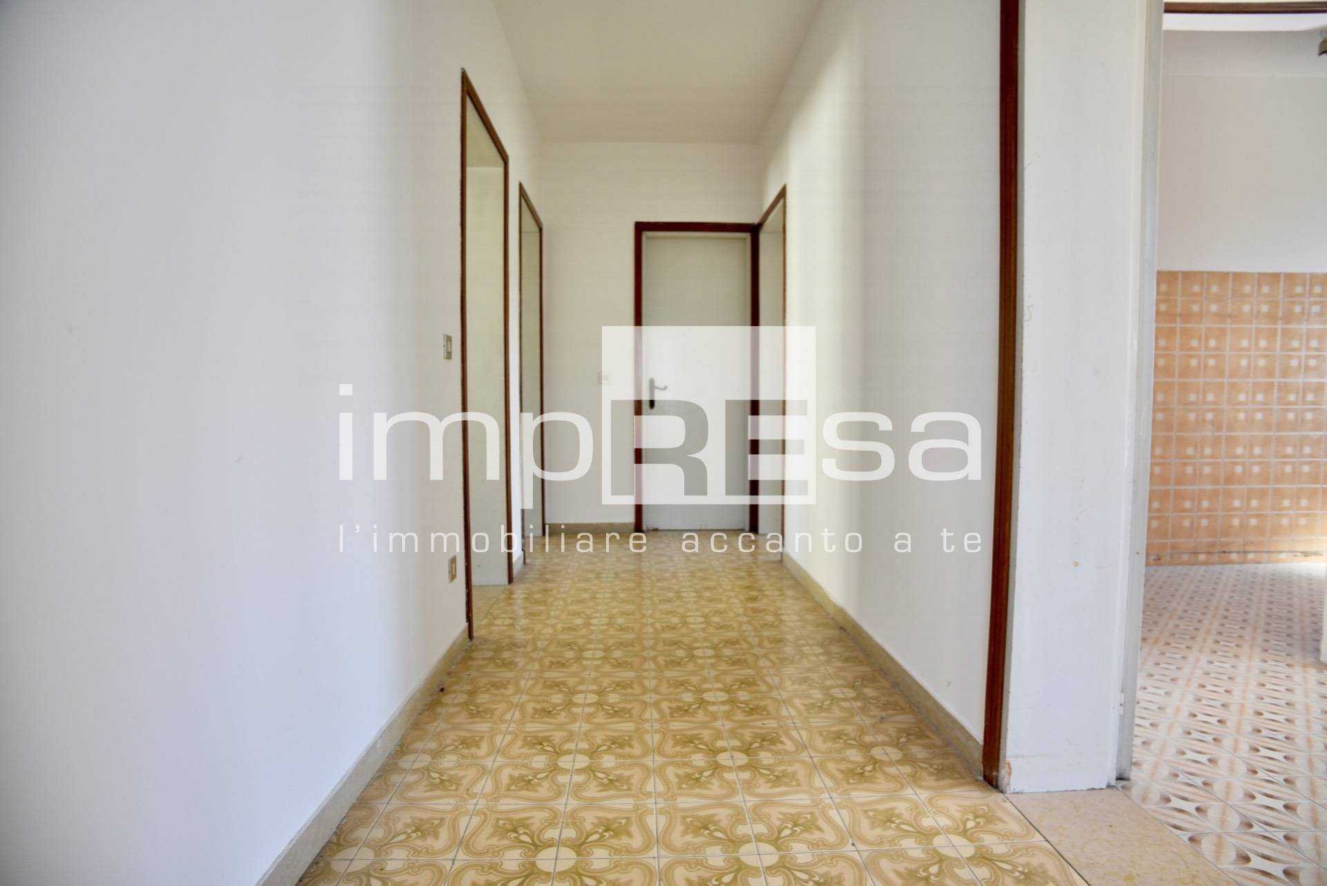 Appartamento in vendita a Treviso, 6 locali, zona Località: Canizzano, prezzo € 107.000   PortaleAgenzieImmobiliari.it