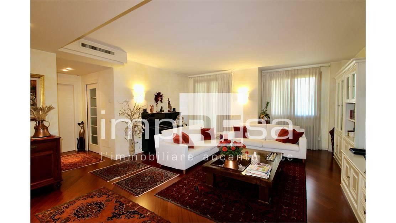 Appartamento in vendita a Santa Lucia di Piave, 7 locali, zona Località: S.aLucia, Trattative riservate | PortaleAgenzieImmobiliari.it