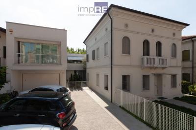 Villa in Vendita a Treviso