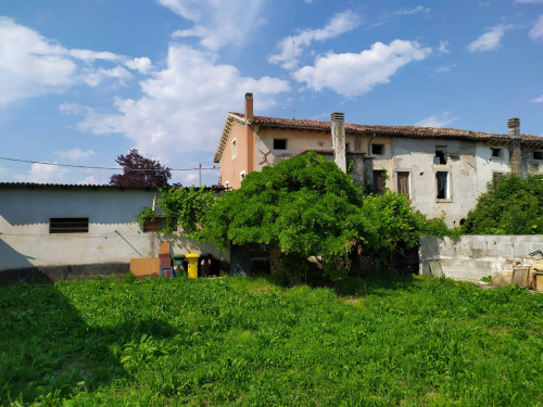 Abbinata/Bifamiliare in Vendita a Godega di Sant'Urbano